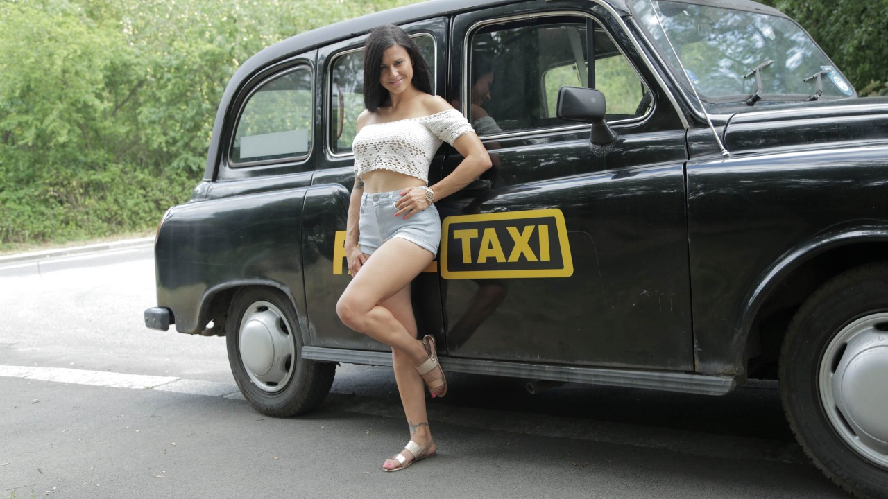 Time To Party in Billie's Taxi FakeHub Porn